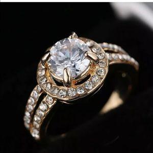 Women Fashion Cubic Zirconia Gold ring
